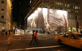 Fifth_abercrombie_fitch